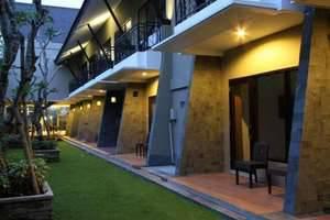 Ommaya Hotel Solo - garden-1