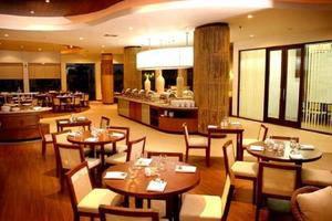 Banana Inn Hotel Bandung -  Restaurant