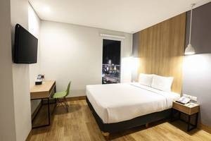 Hotel Citradream Cirebon - Double Bed