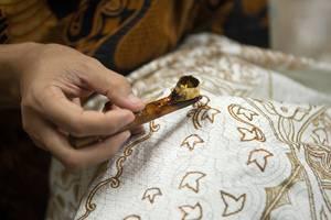 Amaris Hotel Sriwedari Solo - batik