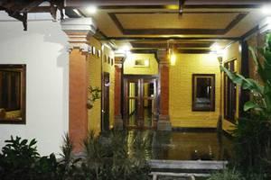 Guest House Kudos Bali - Tampilan Luar