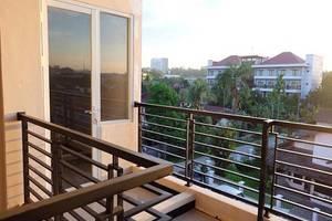 Lavender Guest House Samarinda - Balkon
