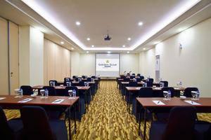Golden Tulip Essential Makassar Makassar -
