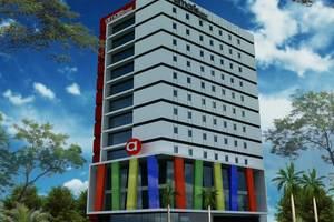 Hotel Amaris Makassar - Tampilan Luar Hotel