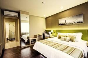 Grand Whiz Kelapa Gading - Suite Room