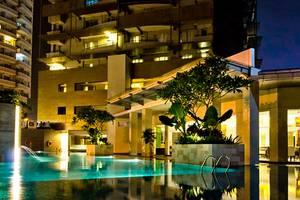 Grand Whiz Kelapa Gading - Hotel Building