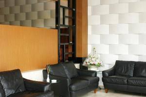 Sutan Raja Hotel Cirebon - Ruang tamu