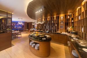 Sotis Residence Pejompongan Jakarta - Maleo Restaurant
