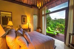 Udhiana Resort Ubud Bali - Kamar tamu