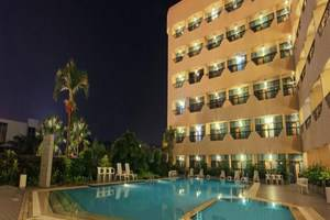Hotel Harmoni  Batam - Outdoor Pool