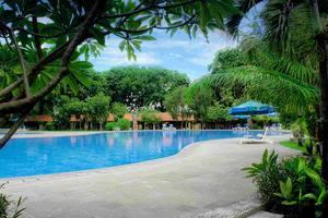 Singgasana Hotel Surabaya - Kolam Renang