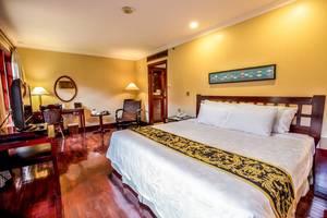 Singgasana Hotel Surabaya - Deluxe Eksekutiv