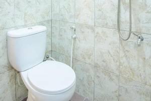 Ani Homestay Malang - Kamar mandi