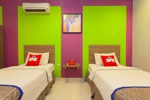 ZenRooms Taman Sari Hayam Wuruk - Tampak tempat tidur twin
