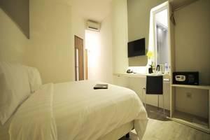 Ozone Hotel Jakarta - Deluxe Room