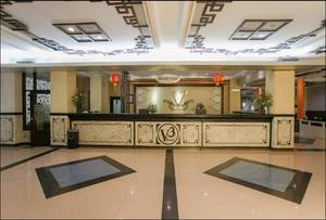 V3 Hotel Surabaya - Lobby