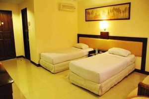 Losari Beach Hotel Makassar - Kamar Deluxe Twin