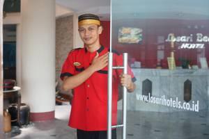Losari Beach Hotel Makassar - Service