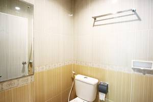 ZUZU Hotel Feodora Hotel - Bathroom business