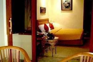 Lotus Garden Hotel Kediri - Fasilitas kamar