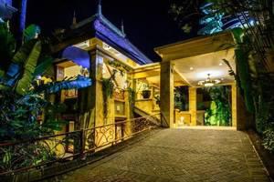 Lotus Garden Hotel Kediri - Exterior