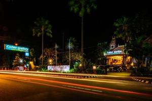 Lotus Garden Hotel & Restaurant