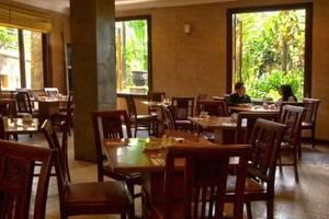 Lotus Garden Hotel Kediri - Restaurant