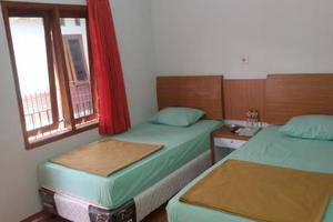 Pondok Inap Shofwa Surabaya - Twin Room AC