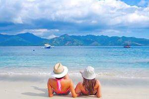 Gili Air Lagoon Resort Lombok - Relax on The Beach