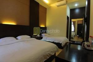 Hotel Setia Budi Madiun - Family Studio