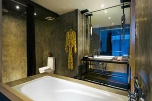 Dash Hotel Seminyak - Kamar mandi