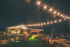 Dash Hotel Seminyak - The Shack Rooftop Bar