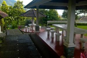 Resort Prima Coolibah Bogor - Barbeque Area