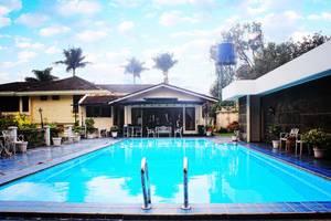 Resort Prima Coolibah Bogor - Swimming Pool
