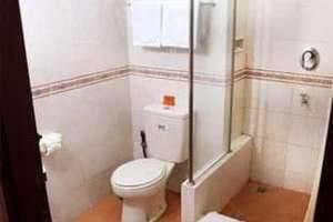 Wisma MMUGM Hotel Yogyakarta - Kamar mandi