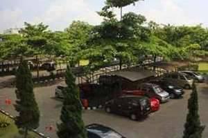 Wisma MMUGM Hotel Yogyakarta - Parkir