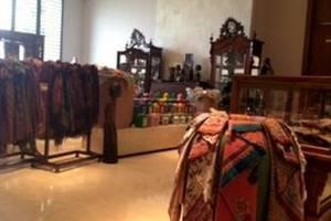 Hotel Tentrem Yogyakarta - Shops