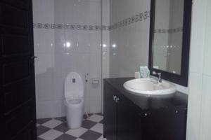 Jaya Phita Guest House Kupang - Kamar mandi