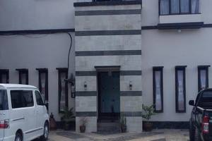 Jaya Phita Guest House Kupang - Eksterior