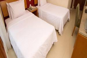 Lorin Dwangsa Solo Hotel Solo - Kamar tamu