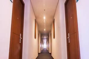 Lorin Dwangsa Solo Hotel Solo - Koridor