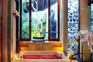 Royal Kamuela Villas & Suites at Monkey Forest Ubud - Bak mandi