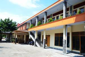 De Borobudur Hotel Magelang - Tampak Depan Hotel