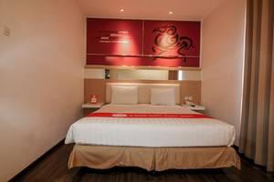 NIDA Rooms Surabaya Kedungsari - Kamar tamu