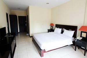 Hotel Intan Sari Bali - Kamar Tidur
