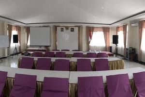 Grand Raggea Hotel Malang - Hall