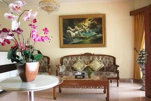 Orange Home Bandung - Interior