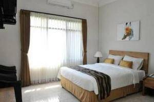 Magnolia Bed & Breakfast Bandung - Family Room