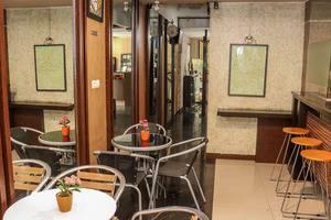NIDA Rooms Factory Outlets Coblong - Restoran