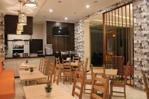 Fontana Hotel Jakarta - Restoran